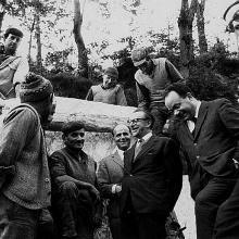 Il Ministro Pieraccini conversa con le maestranze, Levigliani, maggio 1968