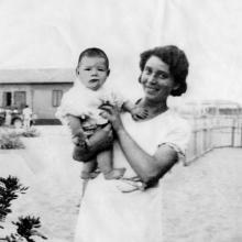 Ester Volpe con il figlio Domenico Spazzafumo