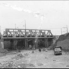 Ponte della ferrovia che attraversa l'Autostrada del Sole - Linea FF.SS Firenze Roma