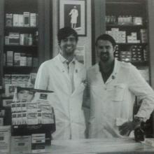 Fine anni '70 - Bruno e Alessandro entrano in Farmacia. Qui con Maurizio Pacini, Lucia Barberi e la Dr.ssa Mariuccia Di Lieto