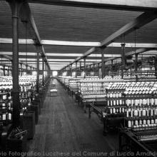 Reparto filatura Cotonificio Piaggione - Foto Ettore Cortopassi anni '20-'30 del XX sec