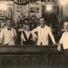 Il personale del bar - anni '50
