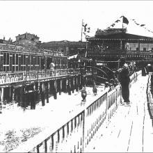 Bagno Felice e cabine costruite sulle palafitte